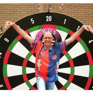 Co Stompé zijn Shopdarts dartshirt